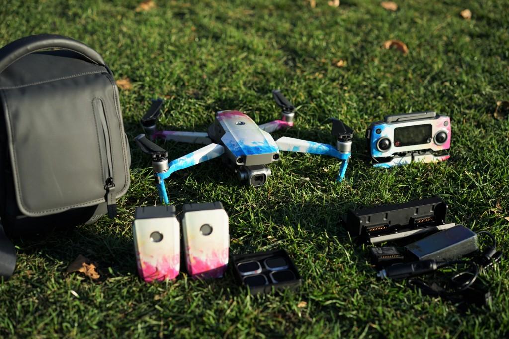 84476872c20 Hire DJI Mavic 2 Pro Hasselblad camera 1'' CMOS in London | BorrowFox